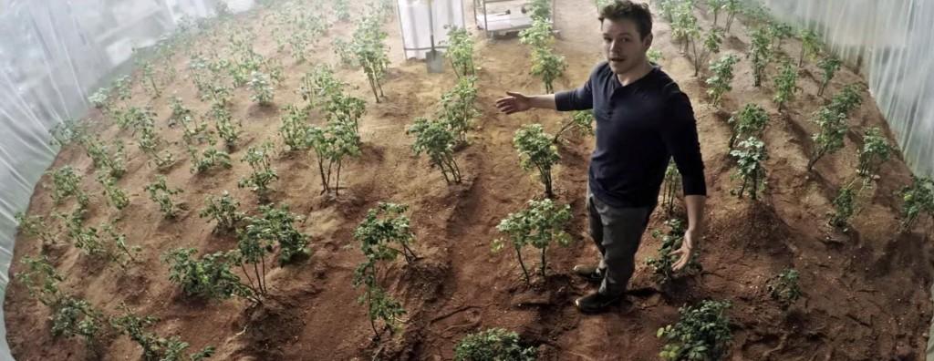 matt_damon_the_martian_biotech_movie_greentech_space