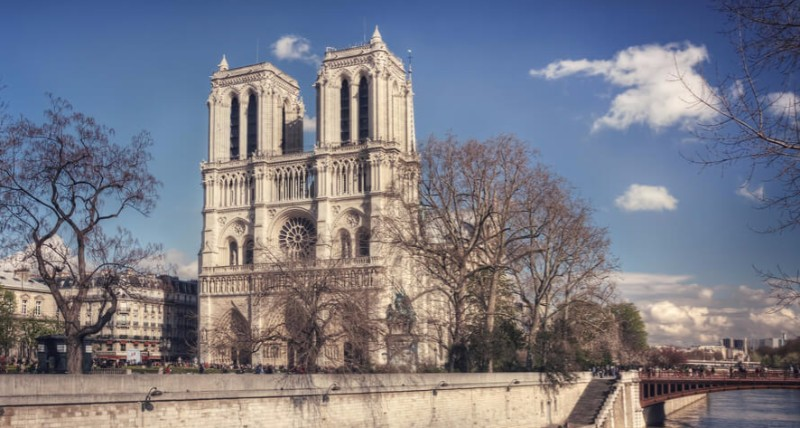 Advent France Biotechnology is located at the heart of Paris, just a 10 minute walk from the famous Notre-Dame
