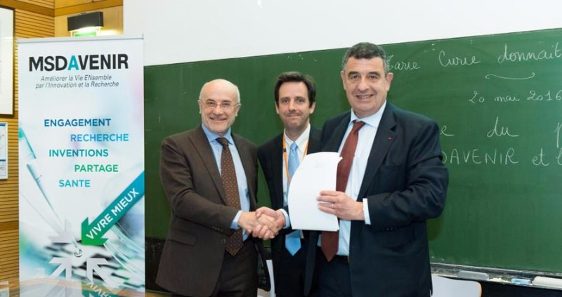 Dominique Blazy (head of scientific conseal at MSDAvenir); Pr Christophe Le Tourneau (MD, PhD) and Pr Thierry Philip (Head of the Institut Curie)