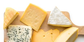 Cheese-Producing Bacteria Could Help Treat Type 1 Diabetes