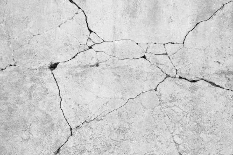 green basilisk self-healing concrete crack